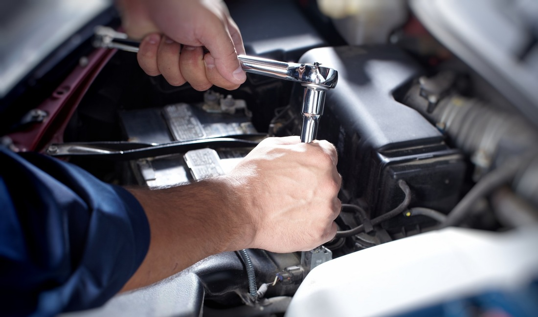auto mechanic essays Scholarships for automotive trades   students enrolled in auto industry disciplines like automotive repair, collision repair, motorcycle mechanics,.